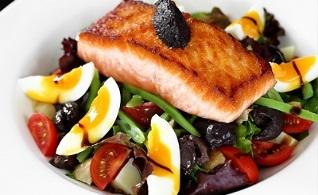 Cum să slăbeşti mâncând cât vrei cu dieta proteică
